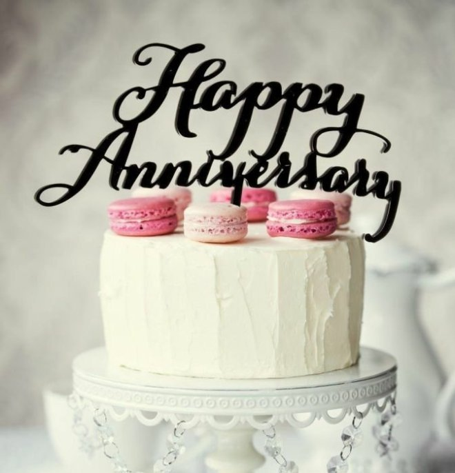 black-happy-anniversary-topper122877727.jpg